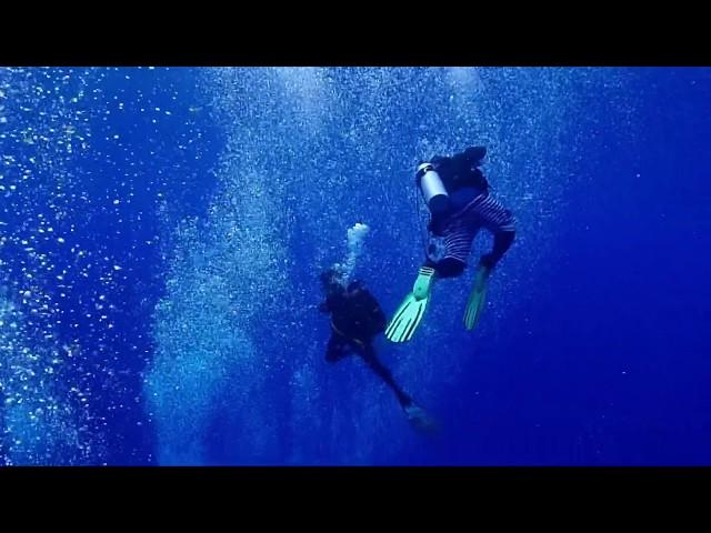 グアムのブルーホール blue hole