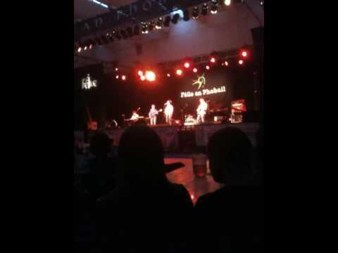 The Monday Club In Belfast - Live, Féile An Phobail!