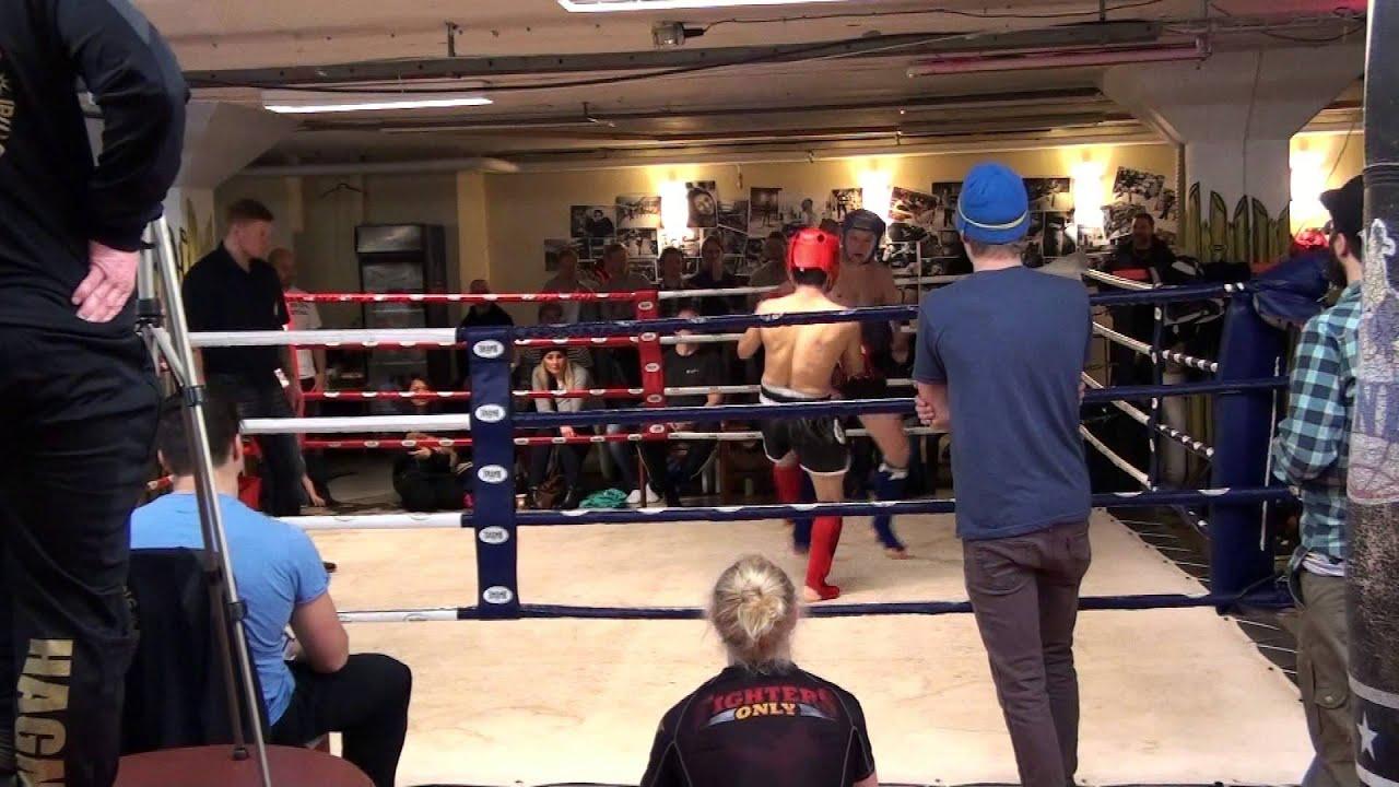 Henrik vs (Östersund?) Thaiboxning Sundsvall Drakstaden Nov 2014