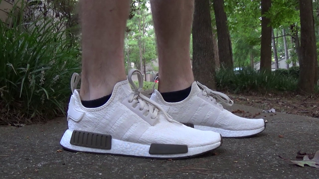 e71afdc6b682f adidas NMD R1 Chalk and Olive Unboxing