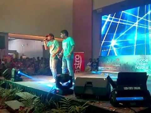 Havoc Brothers At Midvalley Global Indian Festival 2013 Cintaku Buta 2.0 !