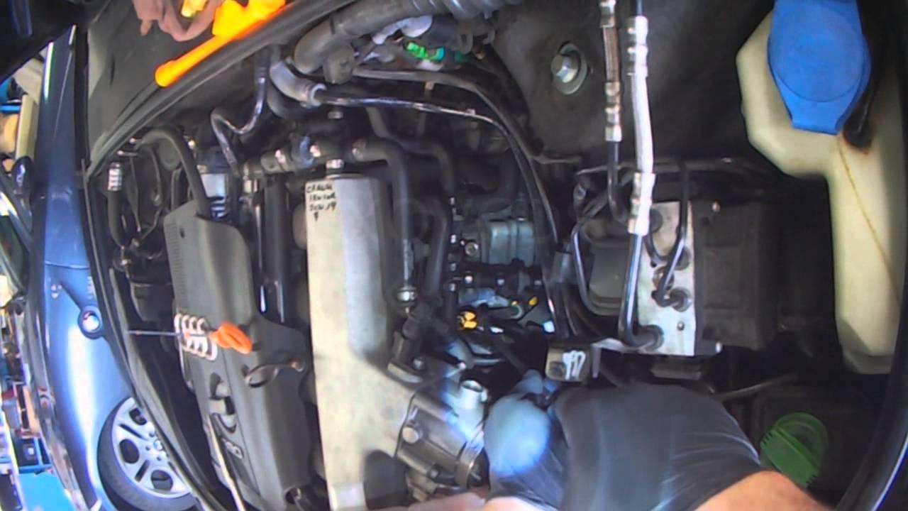 Engine OIL DIPSTICK TUBE  Funnel 1.8 Volkswagen Passat Audi A4 A4 Quattro