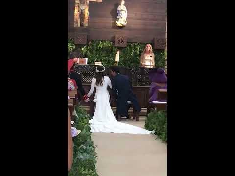 LARA SINGING HALLELUJAH AT HER SISTER'S WEDDING