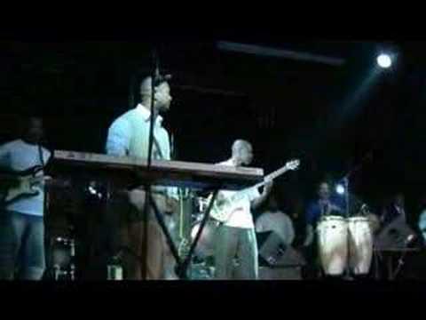 DJAKOUT(REFLEKSYON-REMIX) LIVE AMAZURA 03/22/08