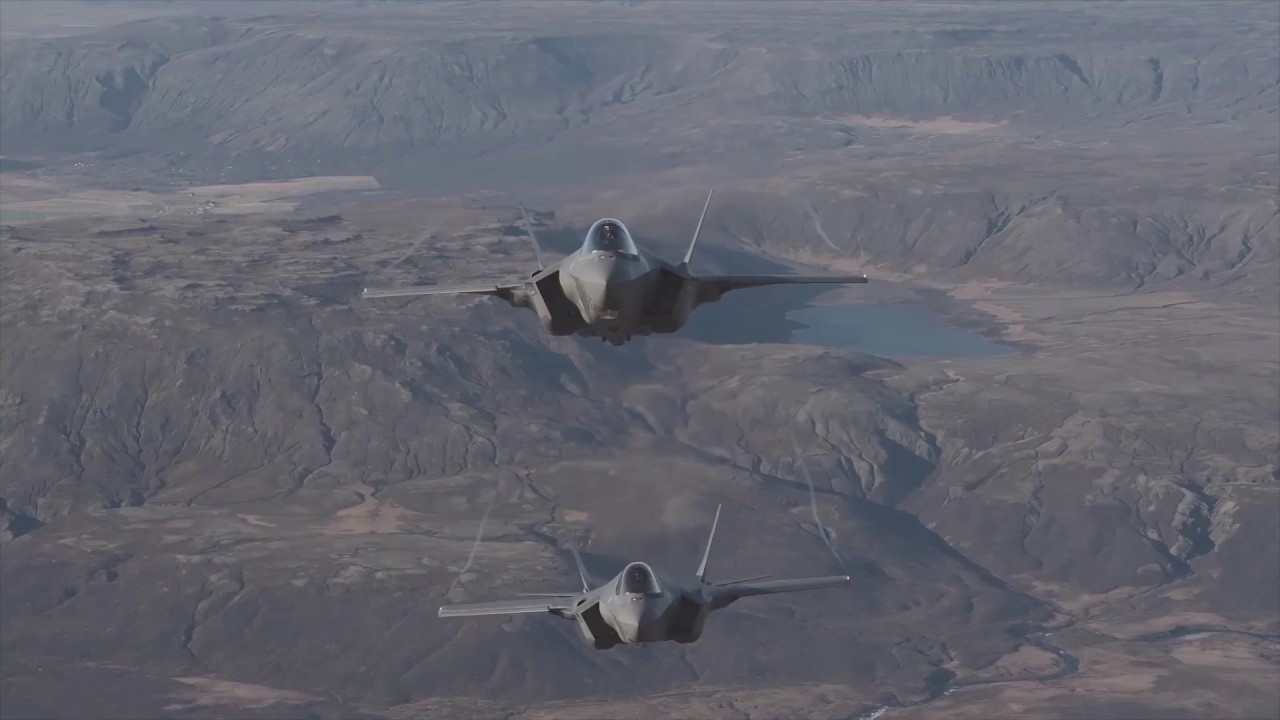 U.S. Air Force F-35 Lighting II preparing for take-off, Taxiing and in Flight