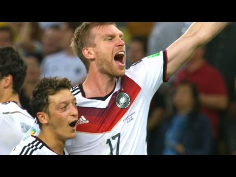 Mesut Özil vs Argentina (World Cup 2014) HD 720p (13/07/2014)