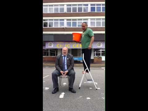 The Leader of Dartford Borough Council - Ice Bucket Challenge