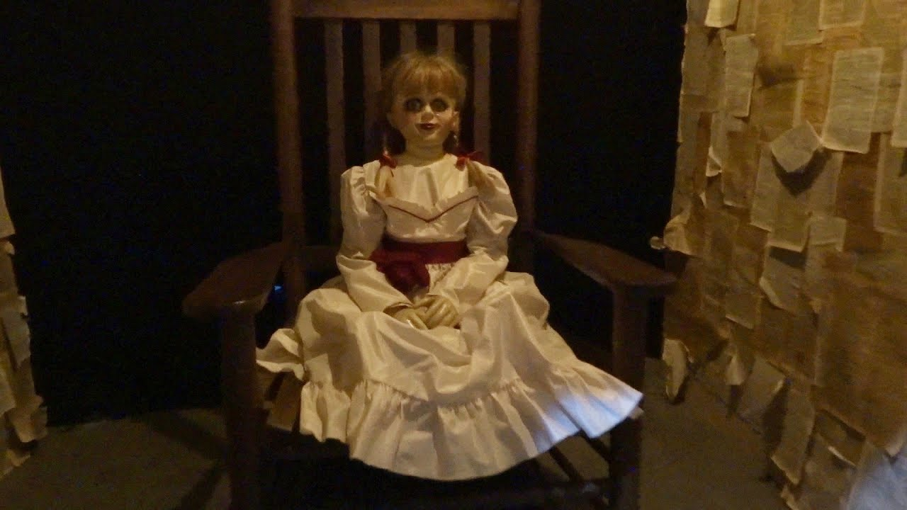 NEW Horror Movie Costumes And Props Display At Warner Bros IT The Conjuring Annabelle