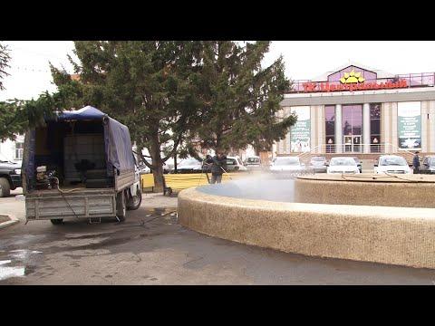В Копейске началась очистка фонтанов