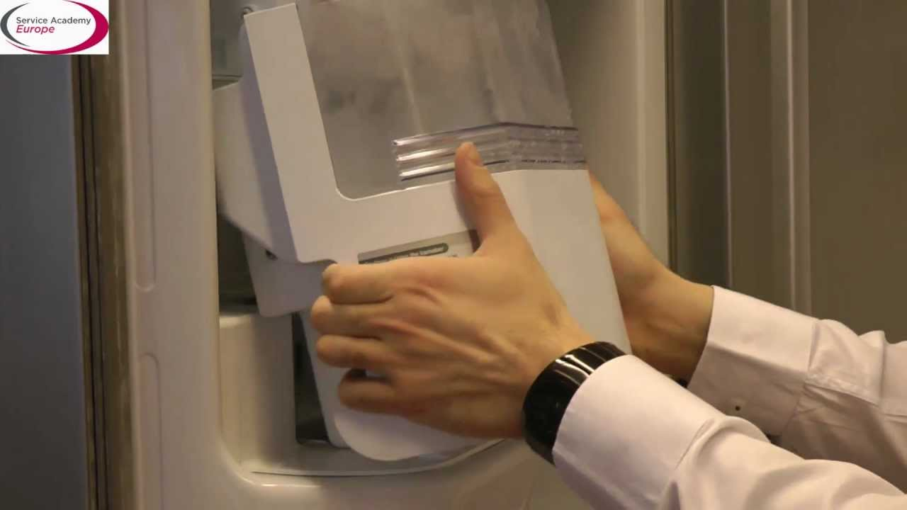 LG Service Academy EU - How to check the ice maker bucket