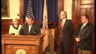Governor Christie Welcomes Amazon To New Jersey
