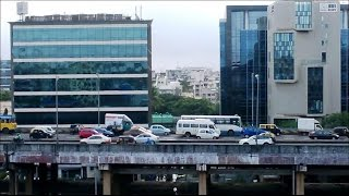 A View of Western Express Highway From Mumbai Metro Train Station India 2014 [HD VIDEO]