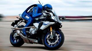 30-sec TECH: biker robot rides the Yamaha R1M