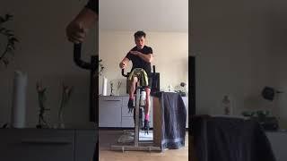 HOMEWORK Spinning Class by Floor Live 181