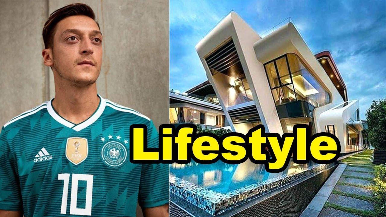 c3d71435e05b Mesut Özil Lifestyle   Biography