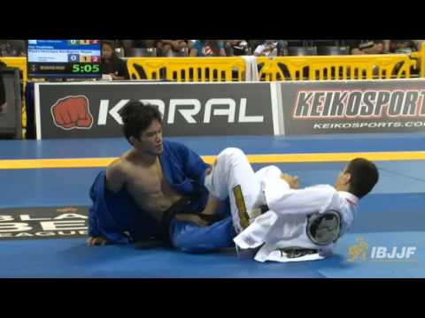 世界柔術選手権2014 準決勝 吉岡大選手VSパウロ・ミヤオ選手