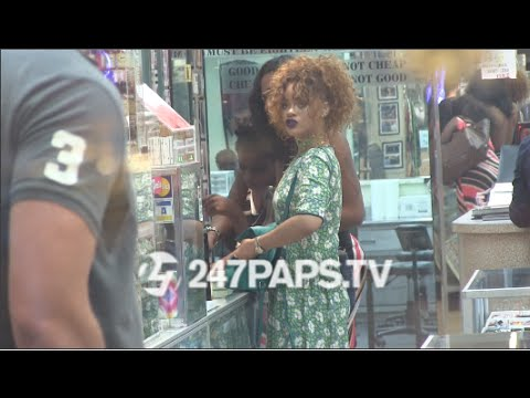 (New) Rihanna out and about in NYC and first stop was at a Piercing spot 07-14-15