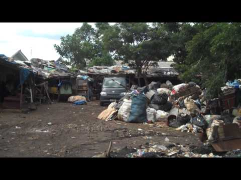 Rubbish collectors' homes in Jakarta