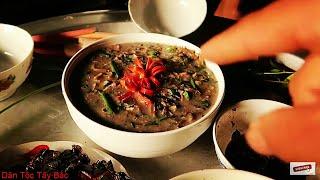 Canh Cong ( cá thối gác bếp  nấu hoa chuối)   Dân Tộc Tây Bắc