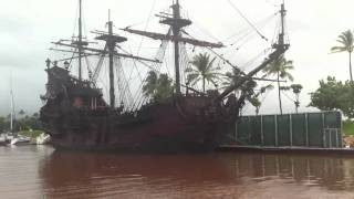 Jack Sparrow's boat: The Black Pearl in Hawaii