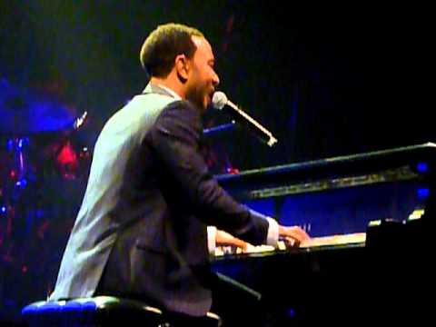 John Legend - Blame Game (Live in Melbourne) [Solo]