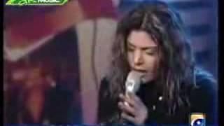 hadiqa and aaroh live na kaho.flv