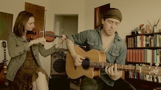 Jenna Colombet & Dani Vargas - Travelers