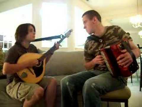 Stephen Doherty & Zac Leger - box & zouk reels