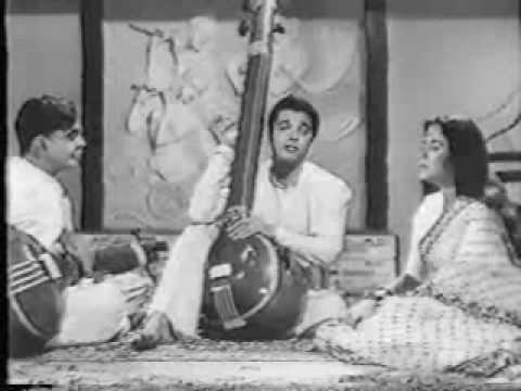 Classical song from Kaise Kahoon
