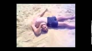 Ржачные Приколы на Пляже!!!   Смотреть всем!