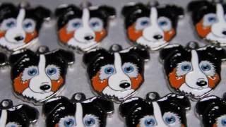 Как производят адресники для животных My Family(Подробная информация о медальонах с возможность заказать с гравировкой: http://www.afina-pet.ru/myfamily/, 2016-07-15T12:29:14.000Z)
