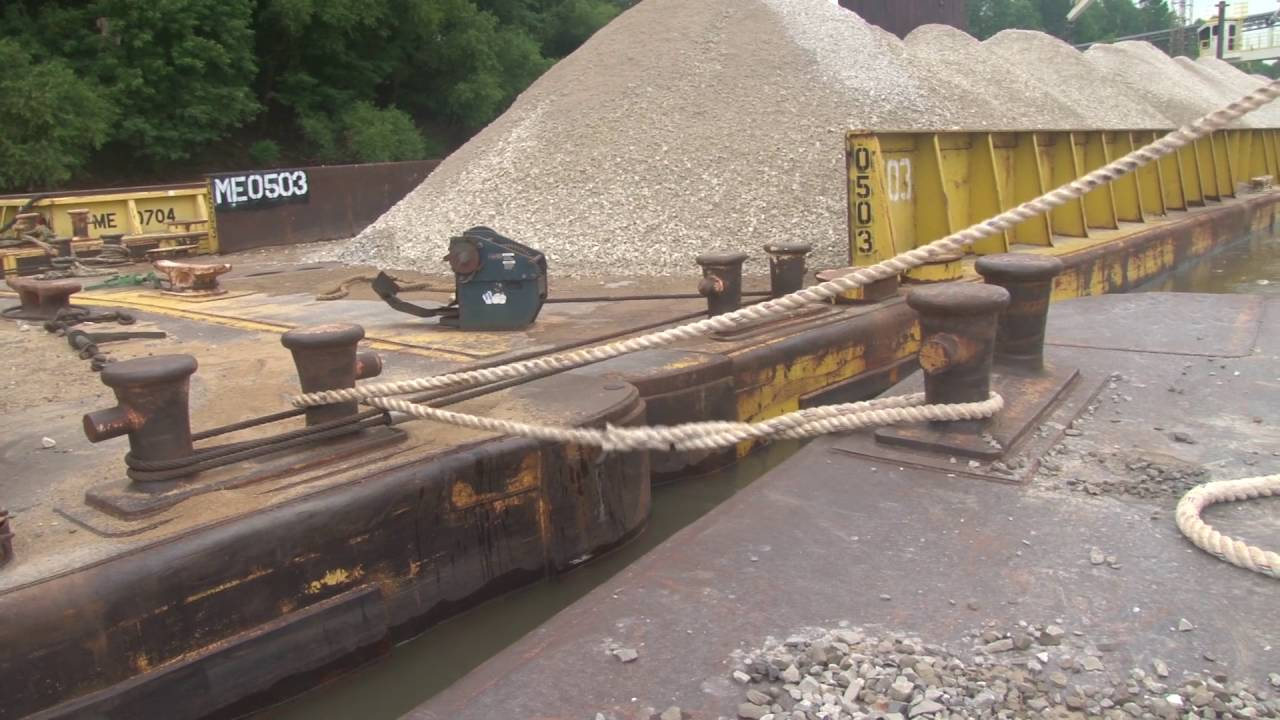 Tying Off a Barge with Pilot Andy Cross of Mulzer Crushed Stone, Inc