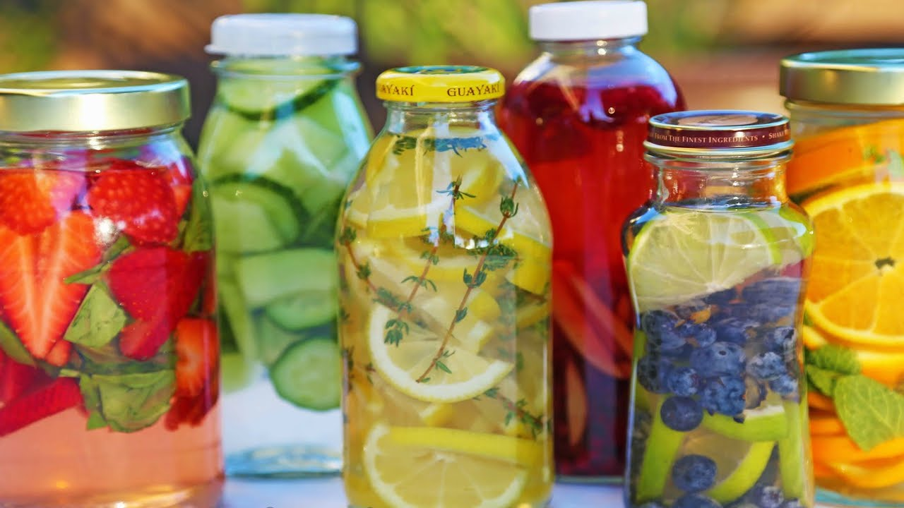 THE BEST DETOX DRINK EVER - YouTube