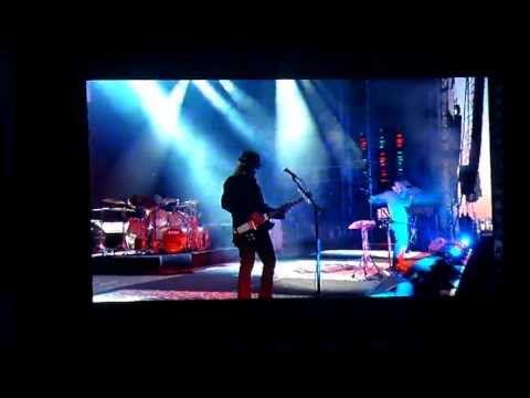 System Of A Down - Deer Dance - Download Festival - 11th June 2011
