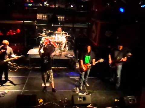 Outer Drive - Throw Down Live @ Fahrenheit 2015