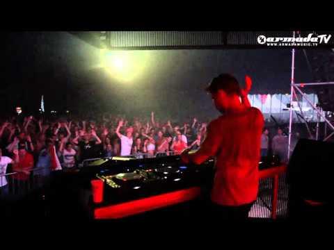Chicane & Ferry Corsten - One Thousand Suns (Original Mix) [Official Music Video]