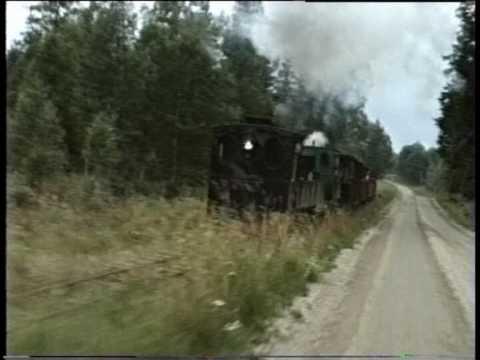 Double heading on the Ohsabanan narrow gauge railway