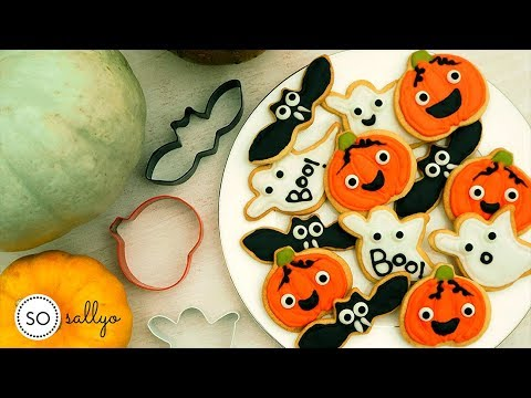 HALLOWEEN COOKIE DECORATING | Easy Halloween Baking for ...