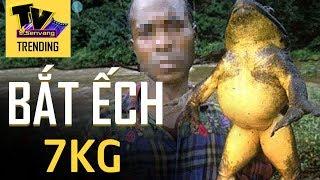 Hoảng hốt với loài ếch lạ nặng gần chục cân và dài cả mét [Chuyện lạ thế giới]