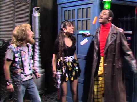 Lenny Henry como o Doctor
