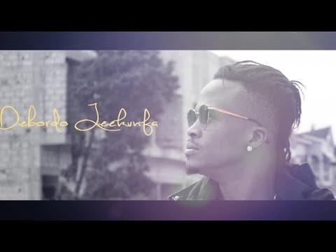 Debordo Leekunfa - Gloire à Dieu (en Moutoualé)  - audio