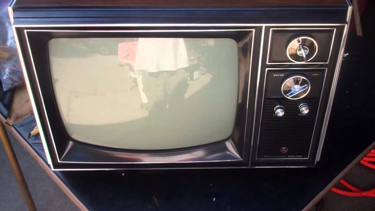 Unboxing NOS 1969 Color Sylvania CB35w Vacuum Tube Television