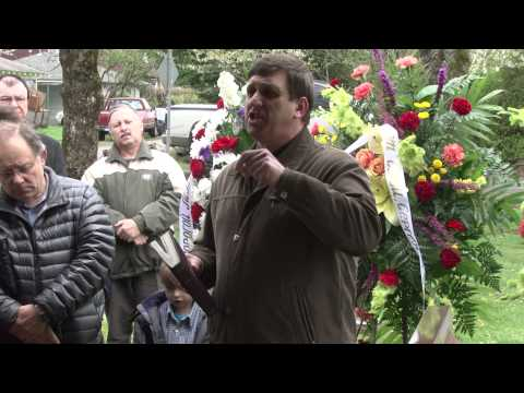 Втюрина Клавдия Похороны || Slavic Church Emmanuel (04.09.2013)