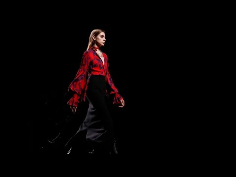 Hermes | Fall Winter 2017/2018 Full Fashion Show | Exclusive
