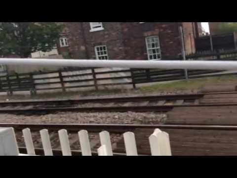 Beverley Station Level Crossing (ER'Yorks) Saturday 14.05.2016