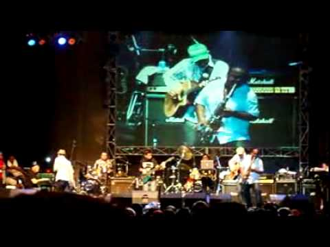 glenn feat tompi - good times (live at kampoeng jazz FH UNPAD)