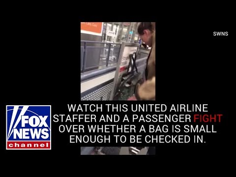United Airlines staffer pretends bag is too big for carry on