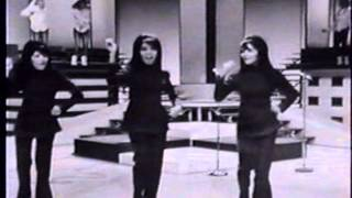 The Ronettes - You Make Me Want To Shout