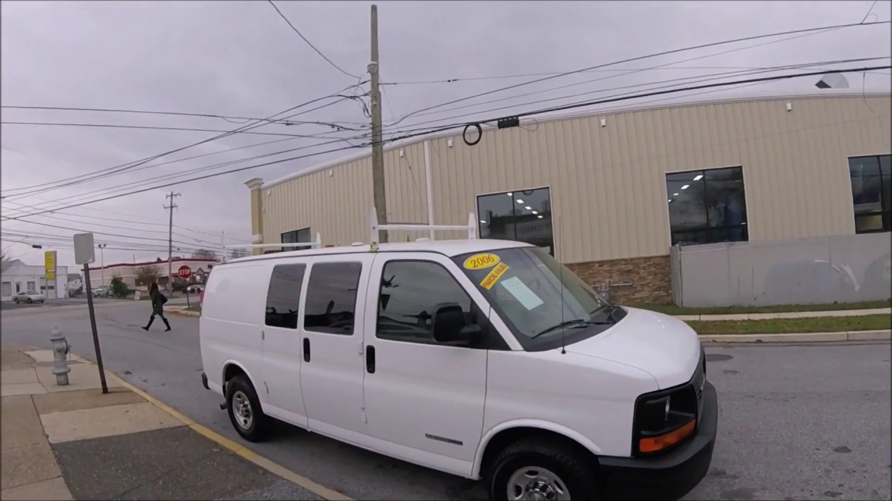 2006 gmc savana 3500 cargo van white ladder racks and shelving  [ 1280 x 720 Pixel ]