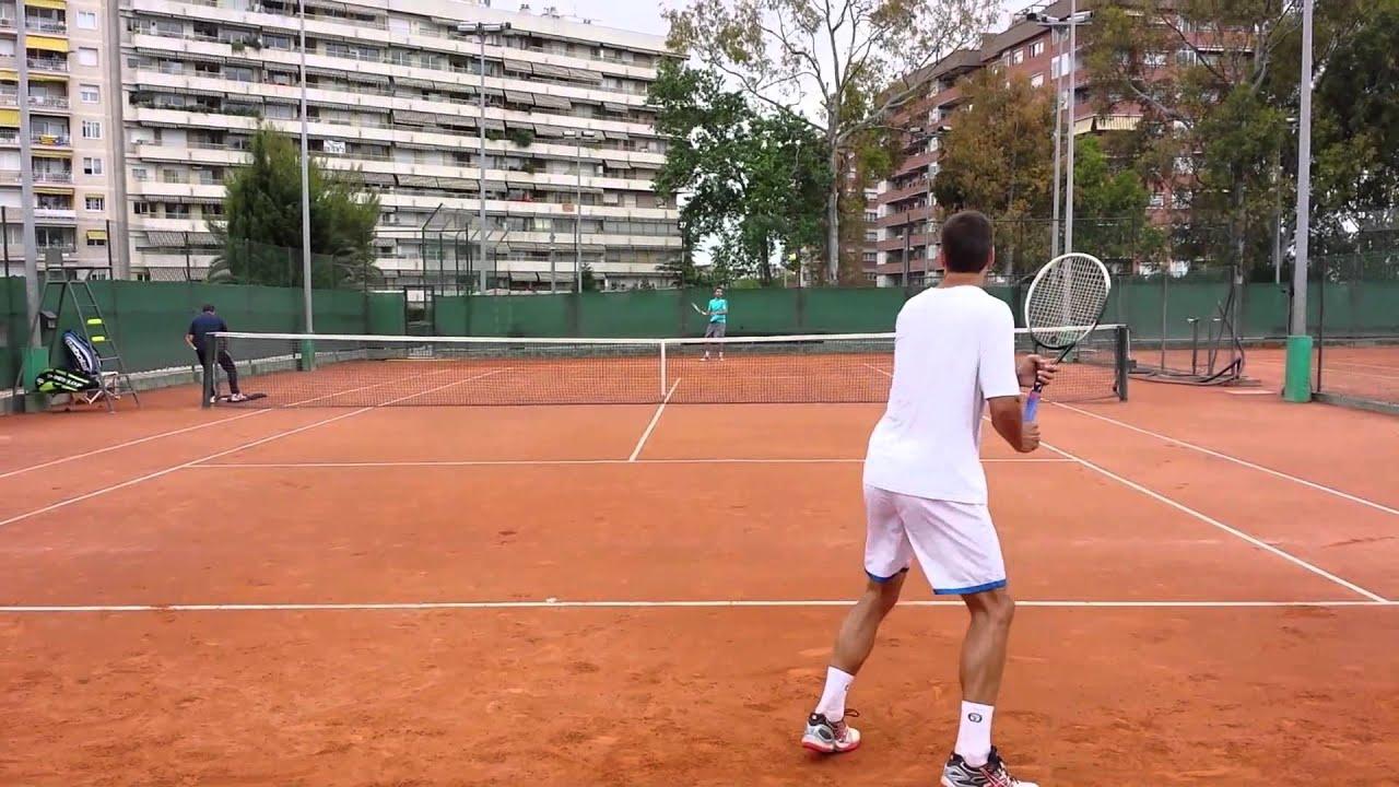 Tommy robredo training in real club de polo de barcelona for Club de fumadores barcelona